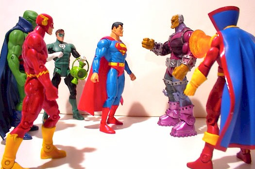 Mongul versus the Justice League