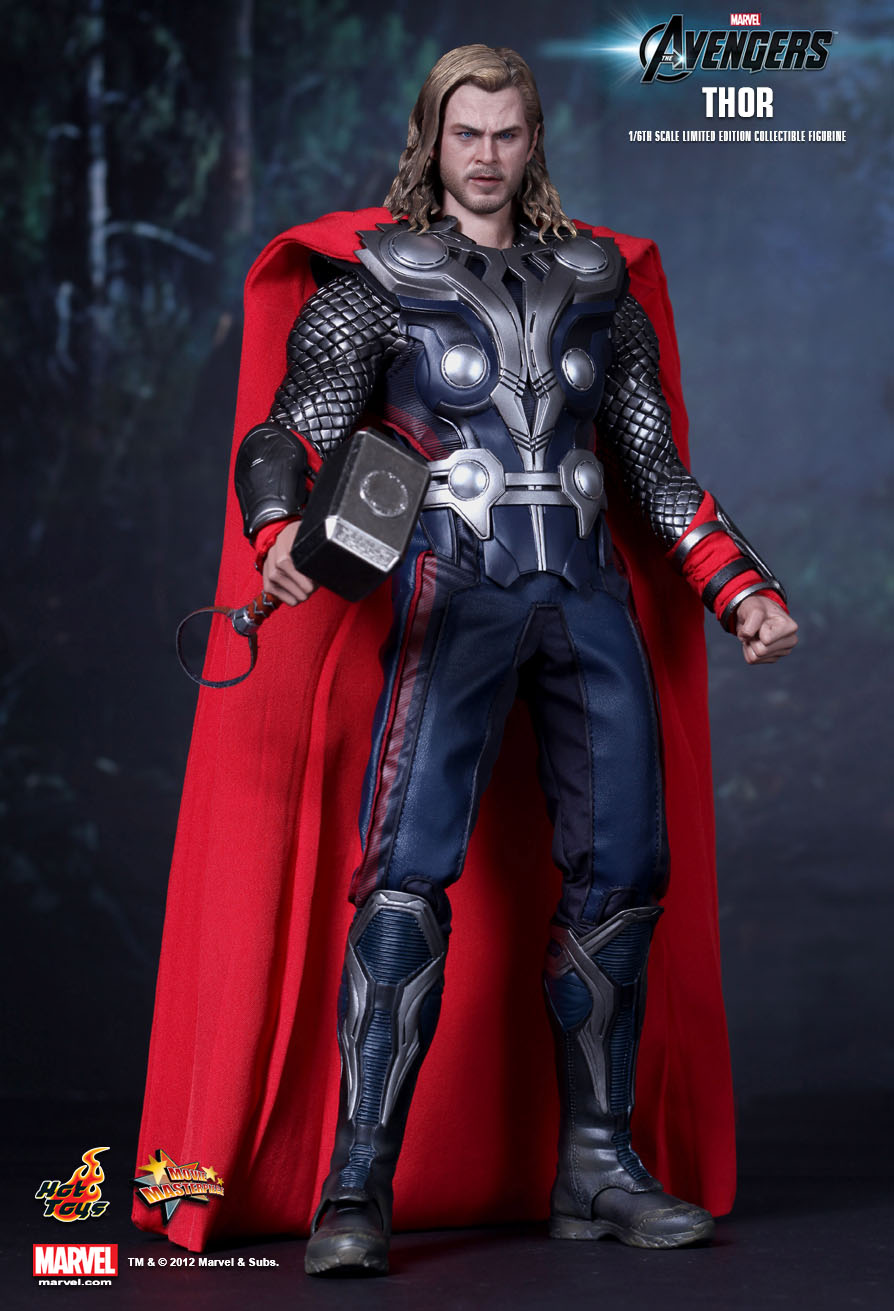 Thor- 1/6th Scale - Avengers - Hot Toys